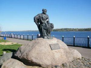 Памятники города рыбинска с описанием