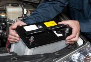Нужно ли заряжать новый автомобильный аккумулятор после покупки