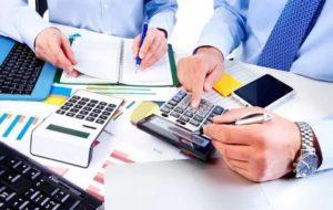 Затраты на бизнес по бухгалтерским и юридическим услугам