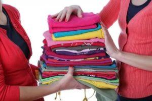 Как правильно отдать детские вещи без ущерба для своего ребенка
